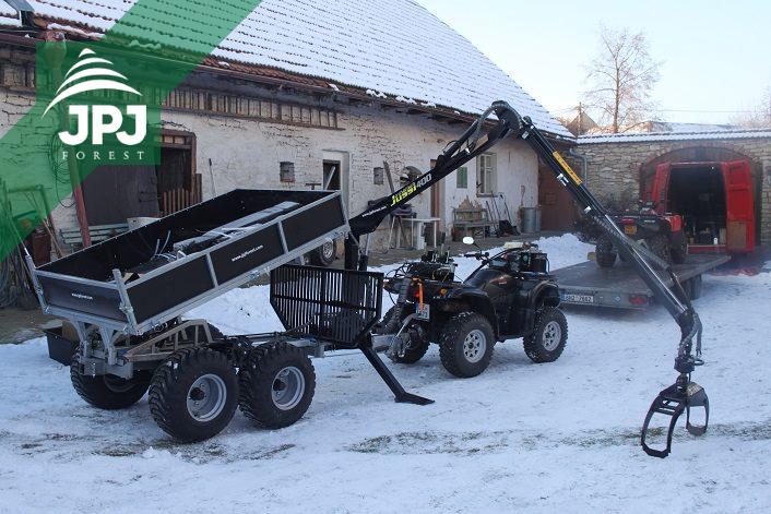 Malá vyvážečka Vahva Jussi 2000 + _400 s hydraulicky sklopnou korbou a pracovné štvorkolka